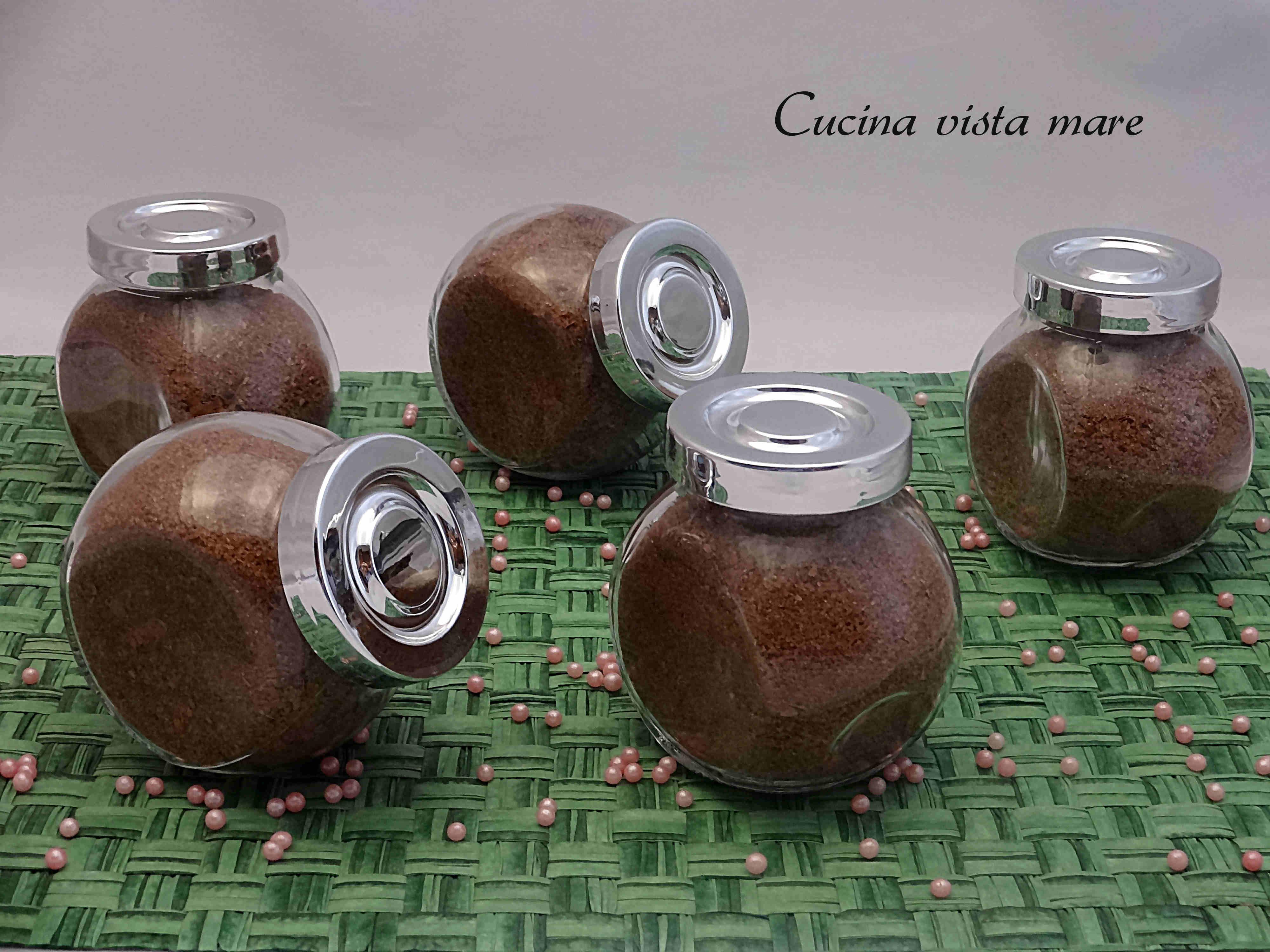 Zucchero al cioccolato Cucina vista mare