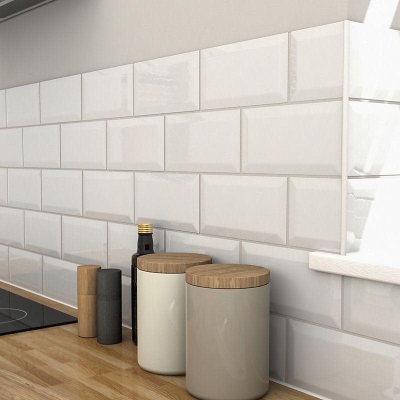 Trentie White Bevelled Edge Ceramic Wall Tile Pack Of 48 L 200mm W 100mm Wall Tiles Ceramic Wall Tiles Bathroom Wall Tile