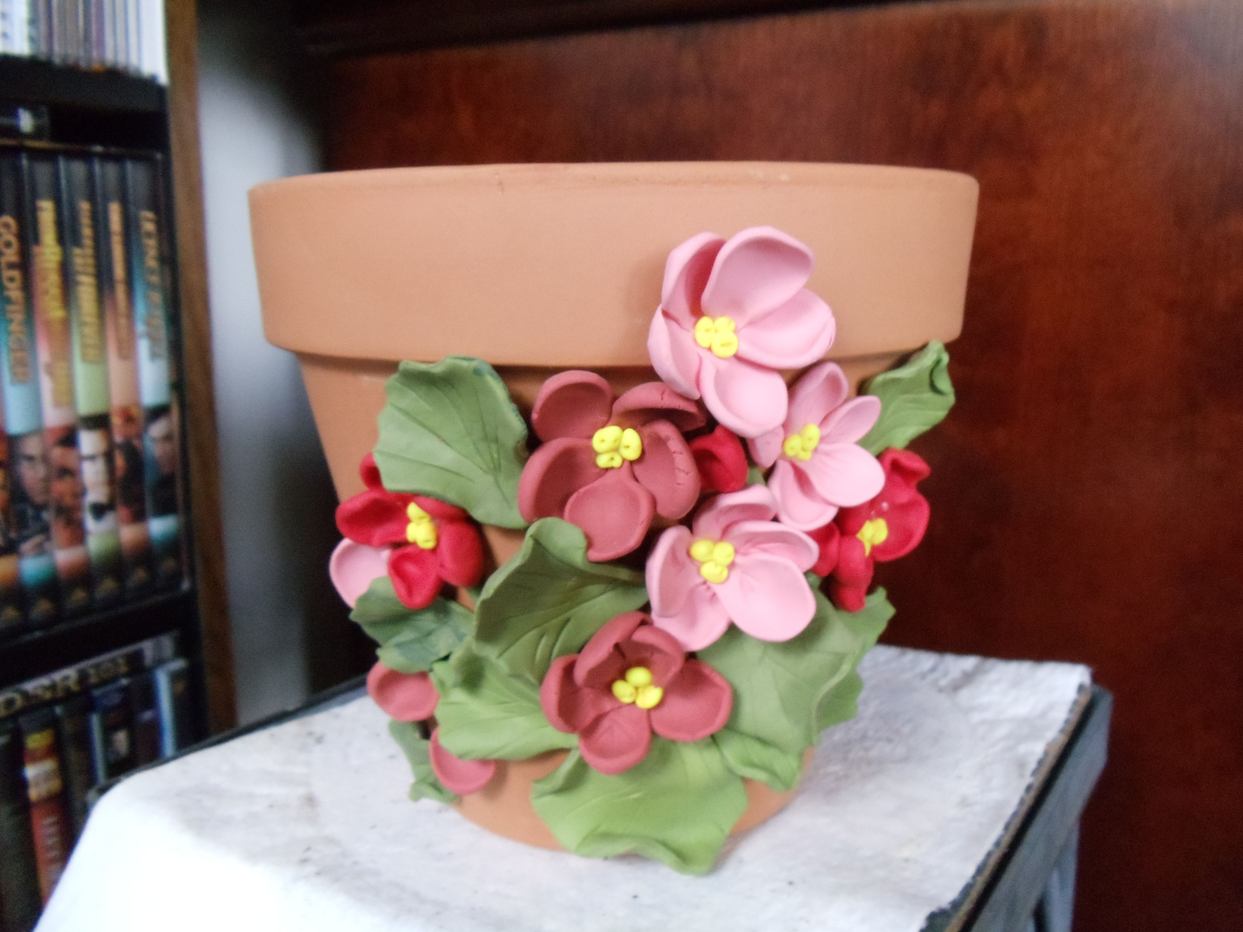 flower pot made out of Sculpey clay my crafts