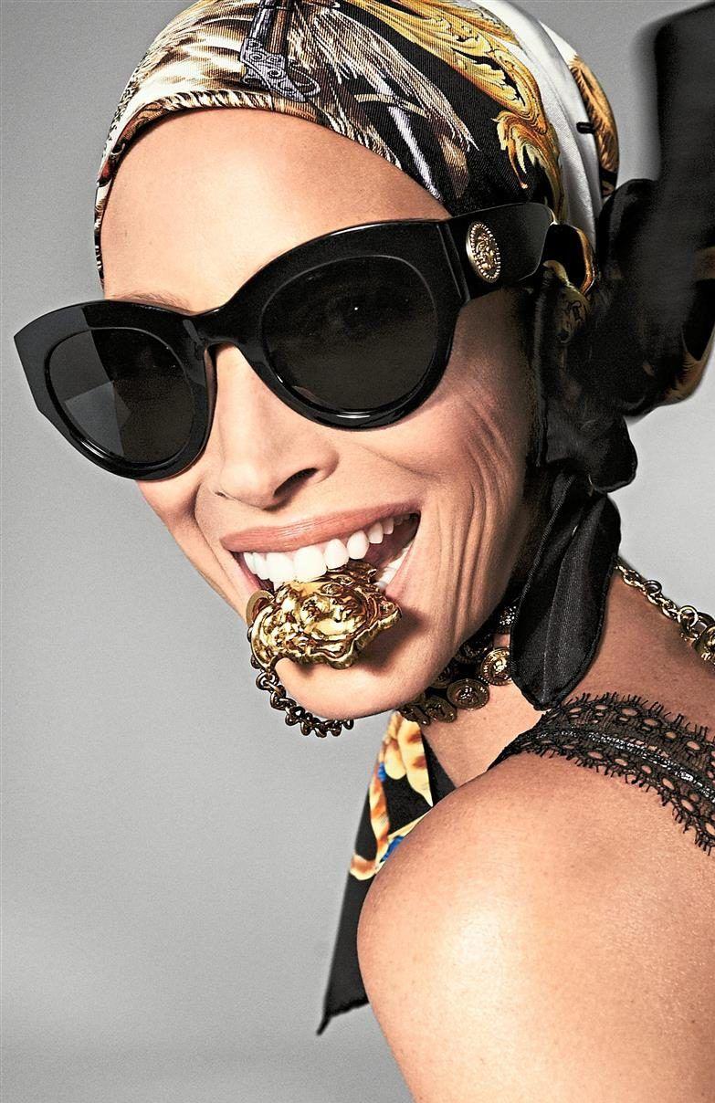 b9b91b4e423f Versace sunglasses Spring Summer campaign