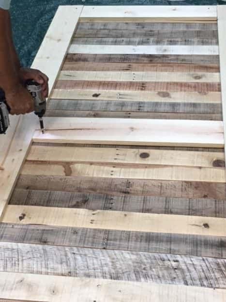 Stylish Rustic Sliding Pallet Interior Door | Pallet, Wood ...