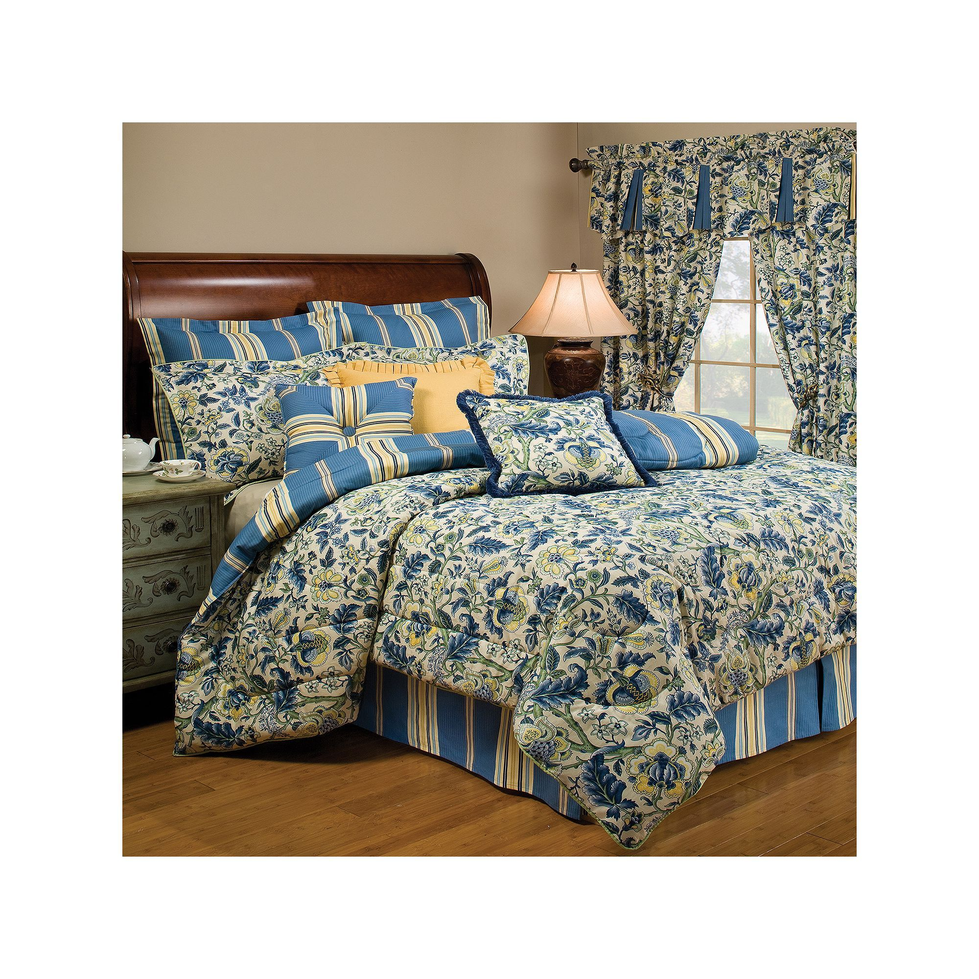 Waverly Imperial Dress 4 pc Reversible Comforter Set