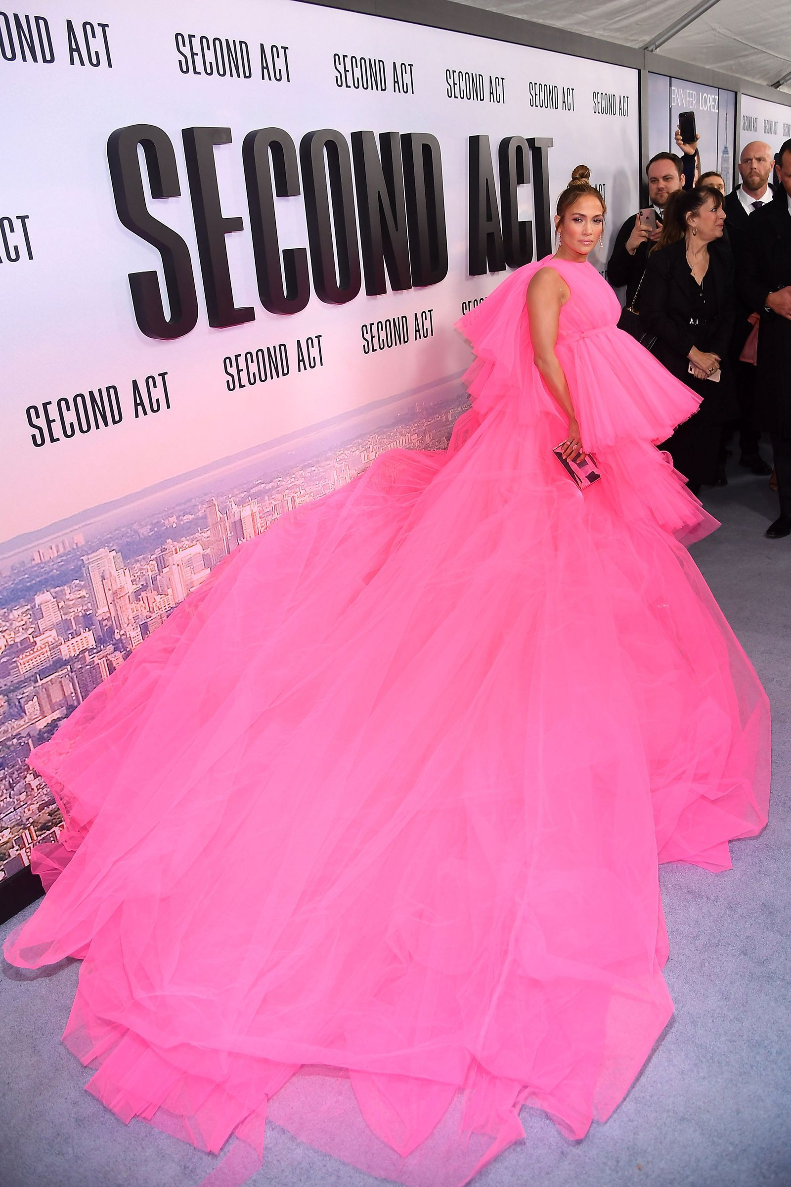 8ecb22d712 Jennifer Lopez wore the most enormous couture gown on the red carpet last  night- HarpersBAZAARUK