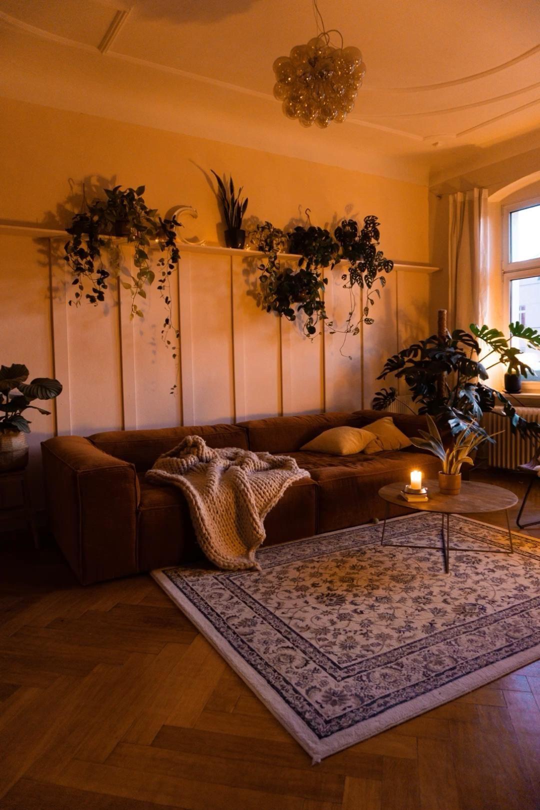 DIY Holz-Paneel-Wand fürs Wohnzimmer