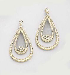 A PAIR OF DIAMOND AND GOLD HAPPY DIAMOND EAR PENDANTS, BY CHOPARD