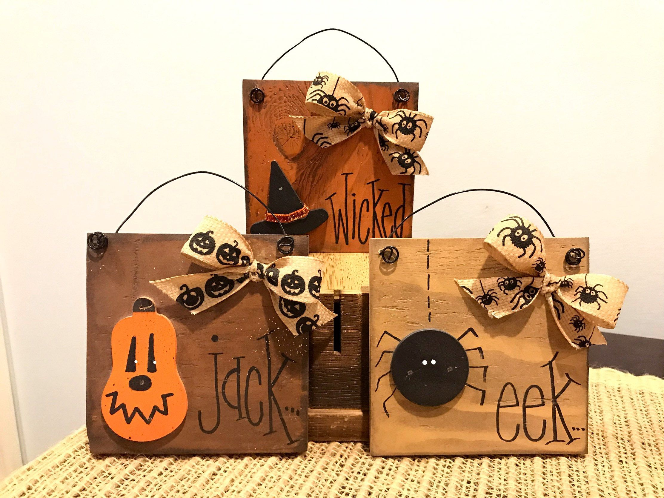 Small wooden festive fall sign. Hanging Mini sign