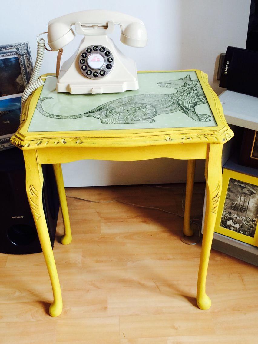 Annie Sloan English yellow distressed with dark wax