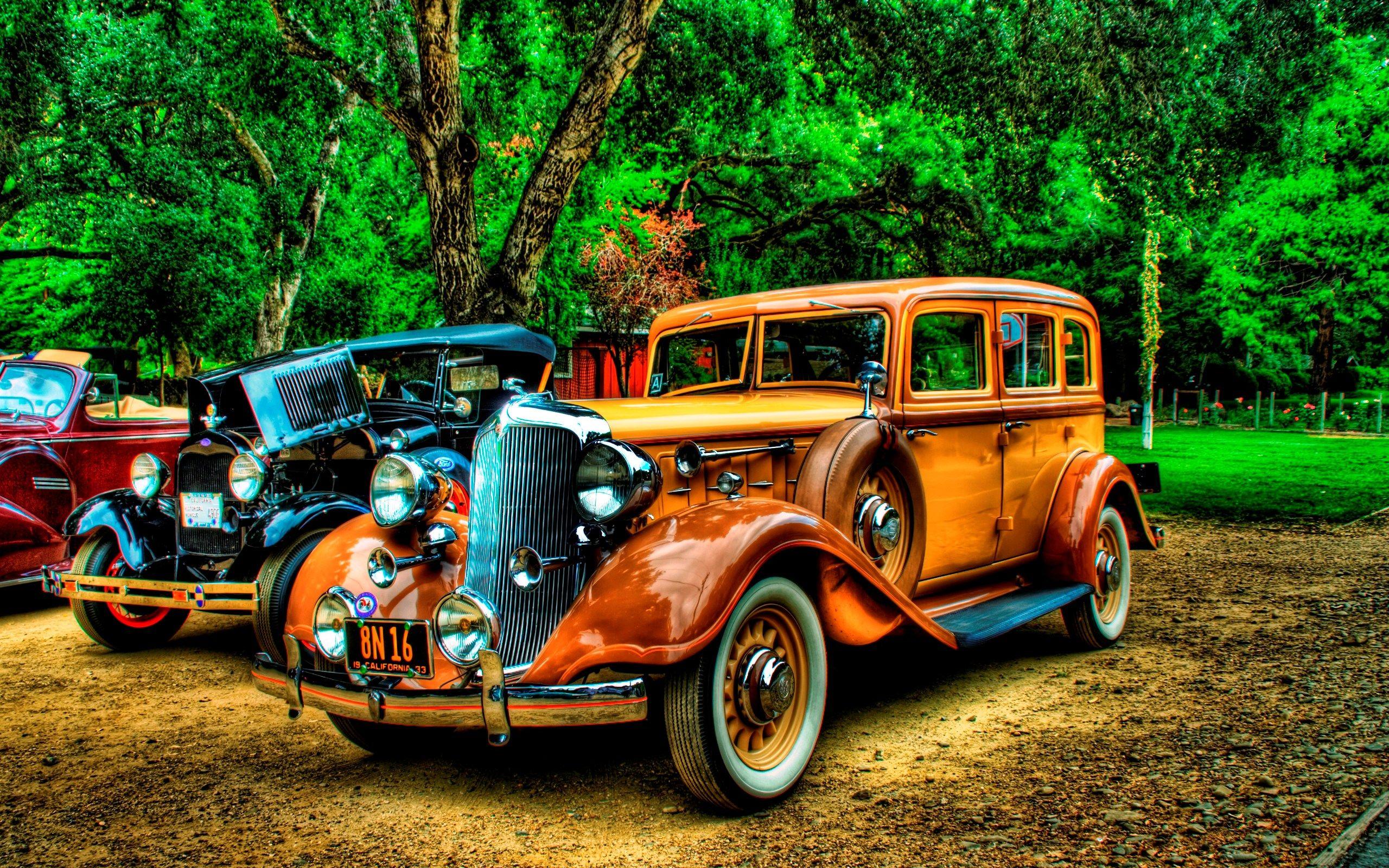 2560x1600 Free Screensaver Packard Sedan Old Classic Cars