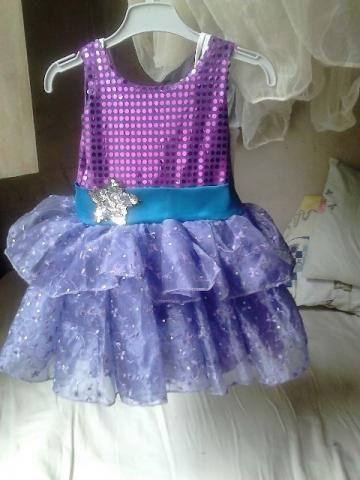 f24473e19c Vestido da pop star (barbie)