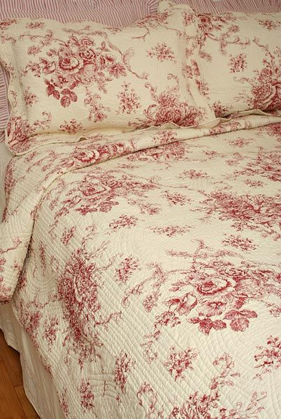 French Country Style Red Toile Quilt, Red Toile Queen Bedding