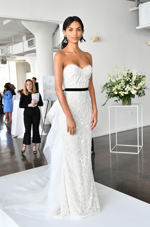 Marchesa Wedding Dress A Black Waist Belt Adds Monochrome Twist To Traditional Allwhite Love It: Black Waist Wedding Dress At Websimilar.org