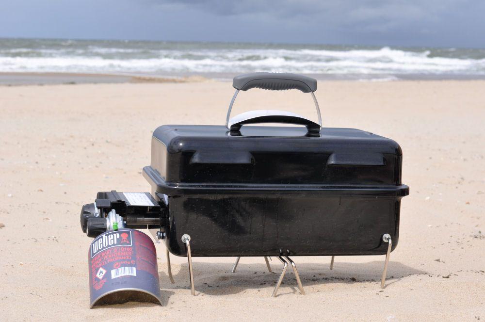 weber go anywhere gas im test nordseeurlaub mit dem gas ga grill hardware und zubeh r. Black Bedroom Furniture Sets. Home Design Ideas