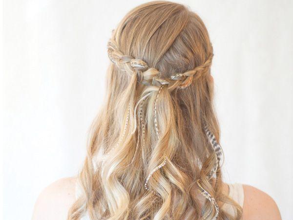 Peinados con media cola y trenza