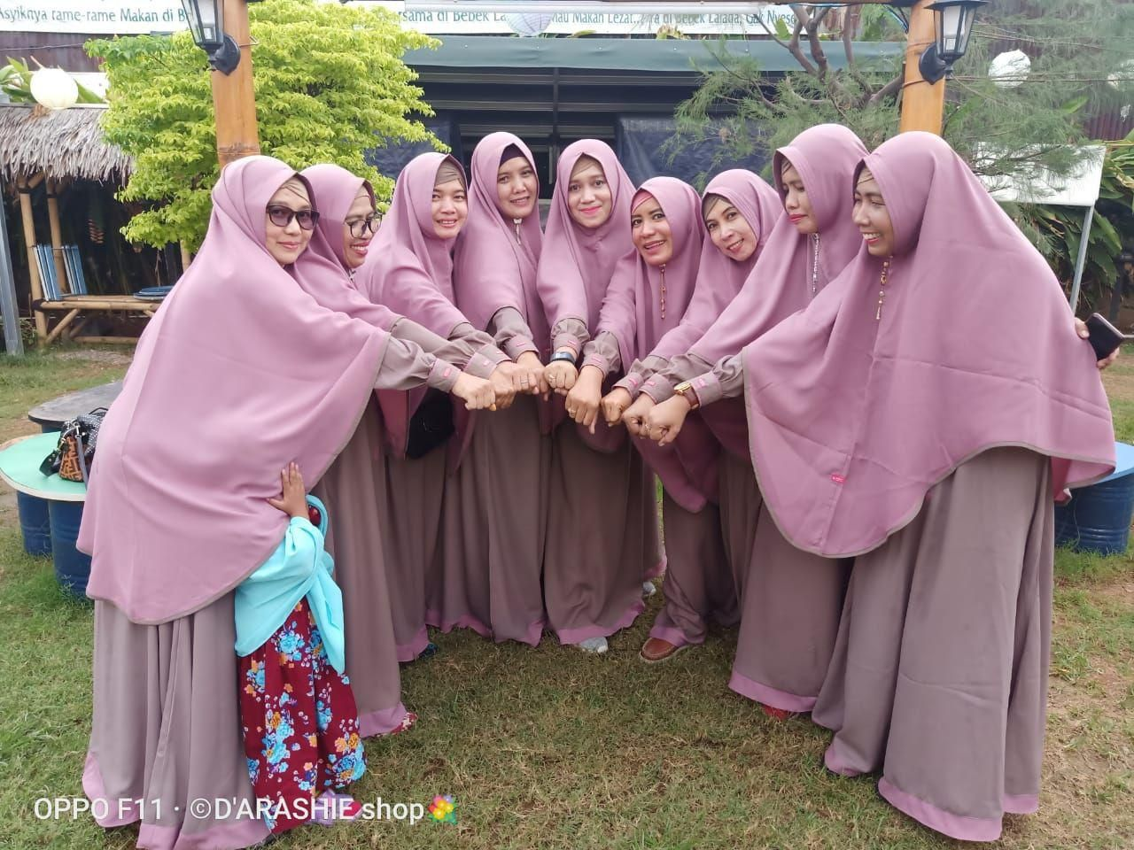 Baju Coklat Susu Jilbab Warna Apa
