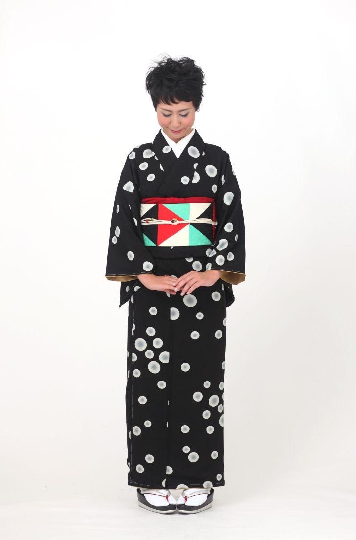 ミズタマ(黒) - モダンな着物と帯ならモダンアンテナ。着物や帯の通販サイト。  More polka dot styling