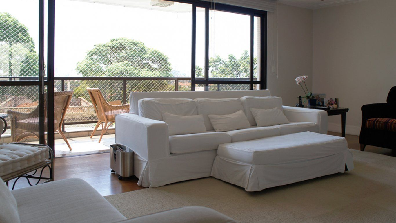 Vista para a Z1, no ponto mais tranquilo do bairro | Special Properties | Piscina, piscina infantil, quadra poliesportiva, salão de festa, churrasqueira, sauna, playground, jardim, salão de jogos | 4 suítes | 260m² | 4 vagas | Valor de venda: R$ 3.000.000,00 | Condomínio: R$ 3.000,00 | IPTU: em 10x de R$ 1.800,00