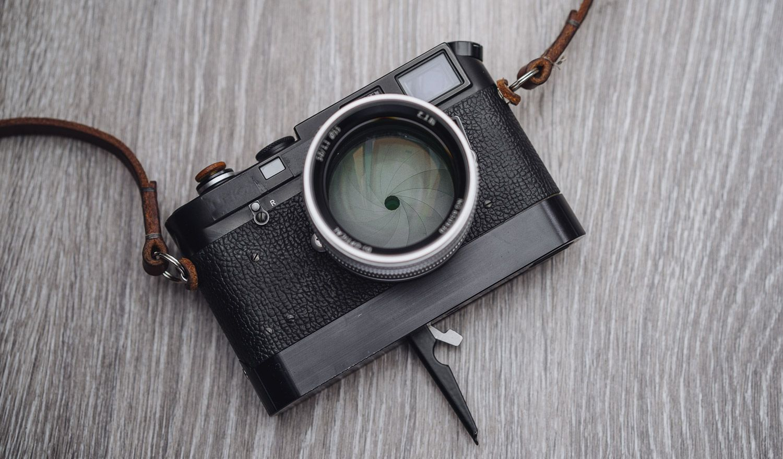 Leica M4-2, Abrahamsson rapid winder, 7Artisans 50mm f1 1