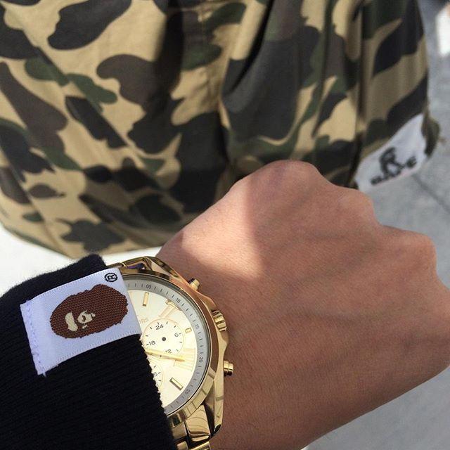 REPOST!!! #watch #elegance #luxury #man #luxurylifestyle #manwatches #realman #time #timepiece #watches #style #details #manstyle #gold #yellow #chronograph #lifestyle #amazing #follow4follow #watchesandluxury Follow us for more photo! Photo Credit: Instagram ID @watches_lux_style ...repinned für Gewinner!  - jetzt gratis Erfolgsratgeber sichern www.ratsucher.de