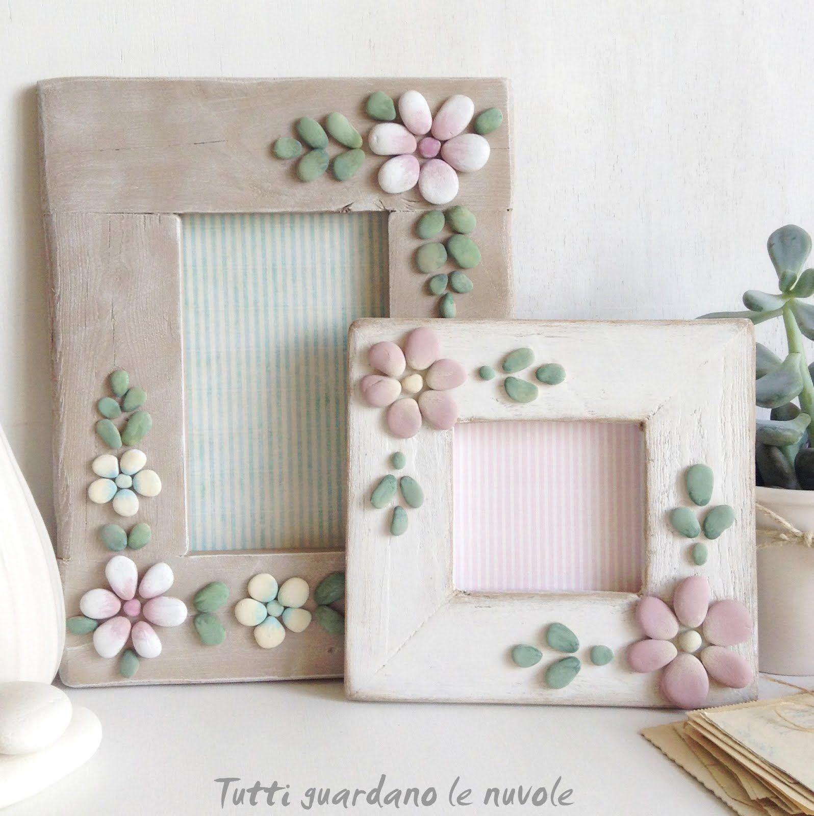 Cornici portafoto in legno di riciclo handmade decorate con sassi dipinti a mano. Tutorial
