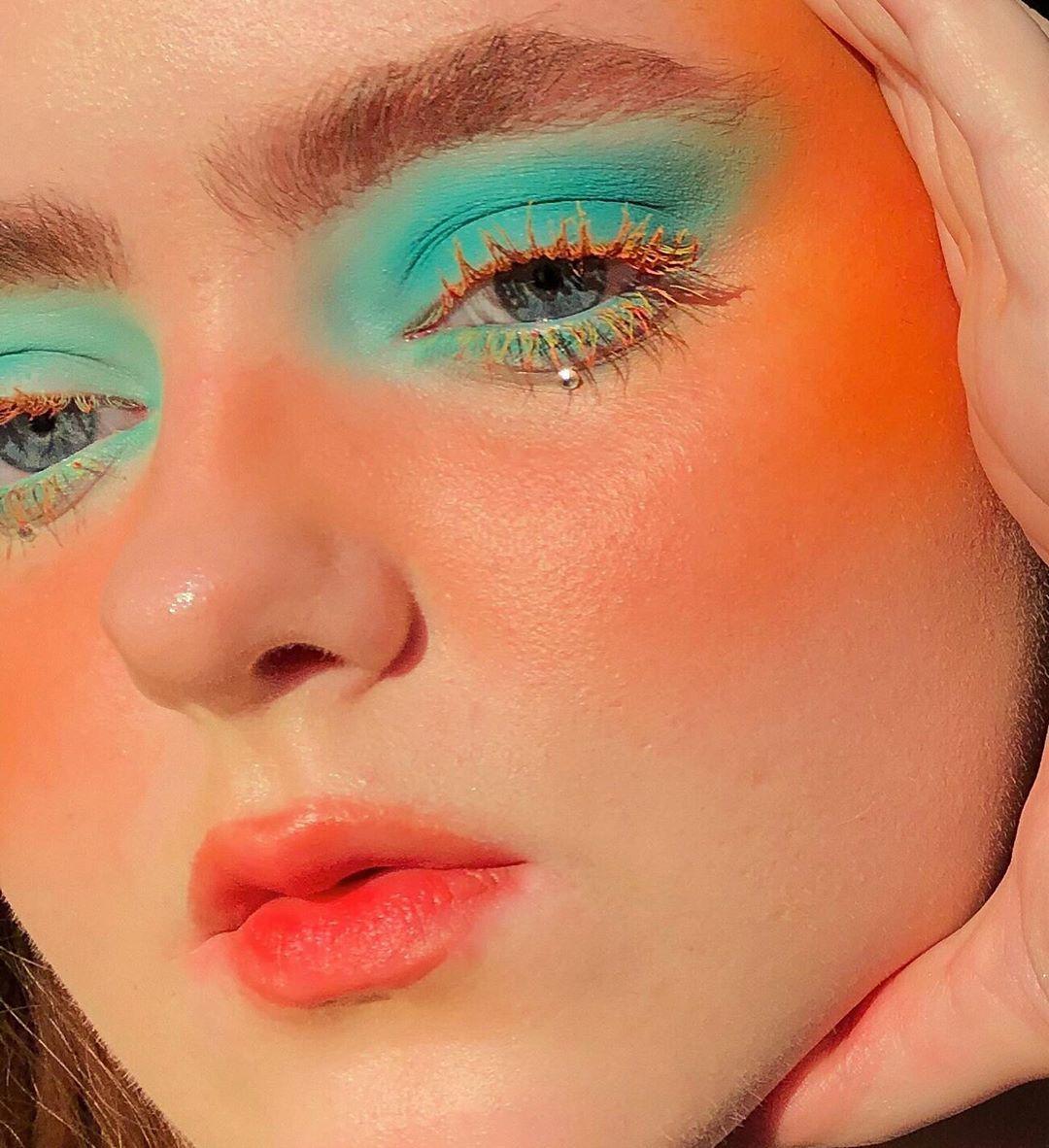 "natasha jones on Instagram: ""golden hour  __  @glisten_cosmetics #glistencosmetics totally botany palette - pine. use NJLOOKS20 for money off! @claropsyche #claropsyche…"""