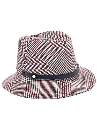 Tommy Hilfiger Classic American Prep Hat - Designer Dossier: Tommy Hilfiger - Marie Claire