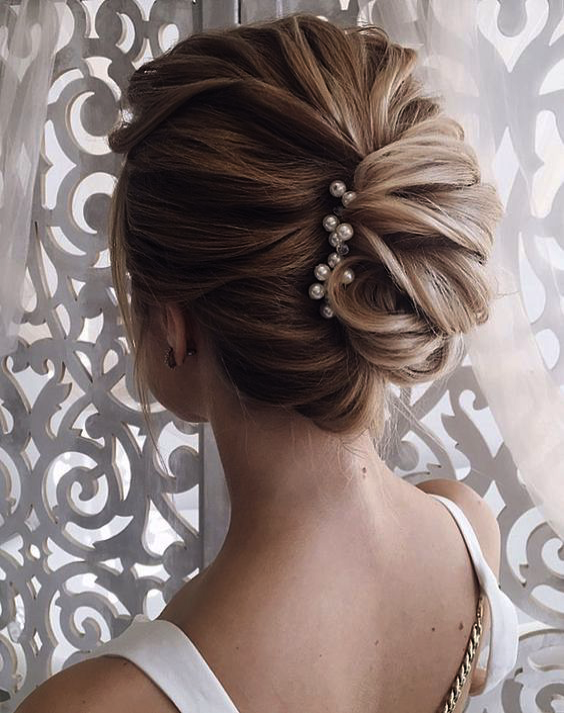 Wedding Guest Dresses Knee Length Wedding Hairstyles For Short Hair Mother Of The Bride Wedding Long Hair Styles Medium Hair Styles Easy Updos For Long Hair