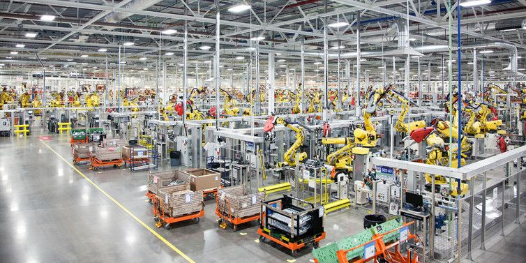 1,100 robots in a new car manufacturing plant in the US
