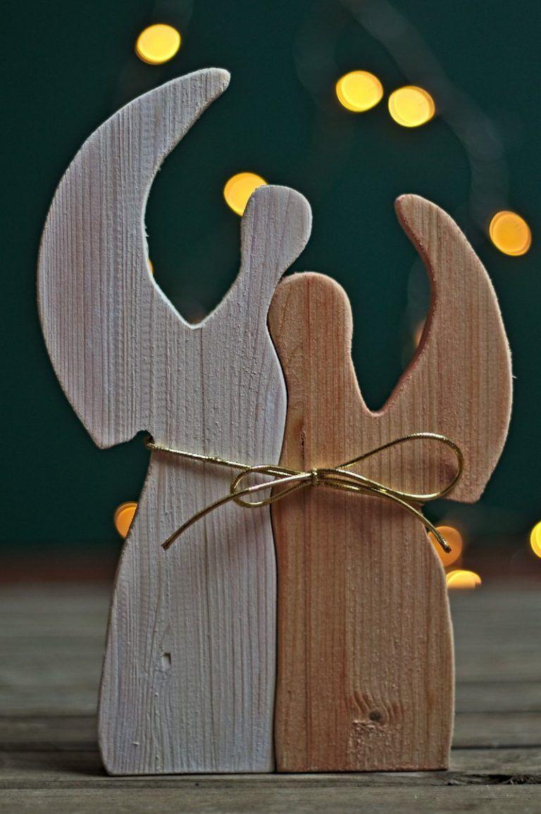 DIY - 5 Vorlagen für Weihnachtsdeko aus Restholz zum selber basteln » Spike05de #weihnachtenholz