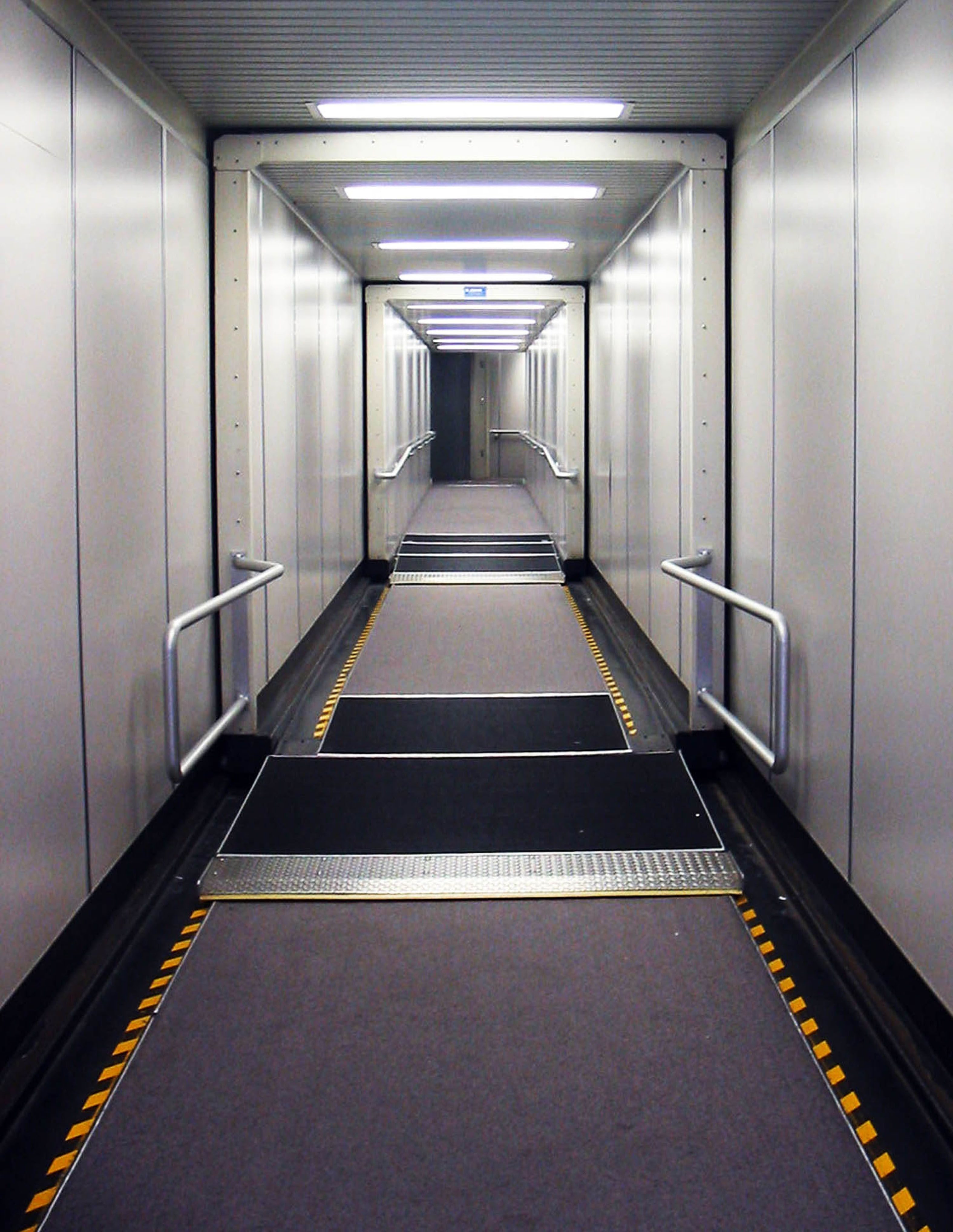 neat picture shot of inside of the jetway..like..wow