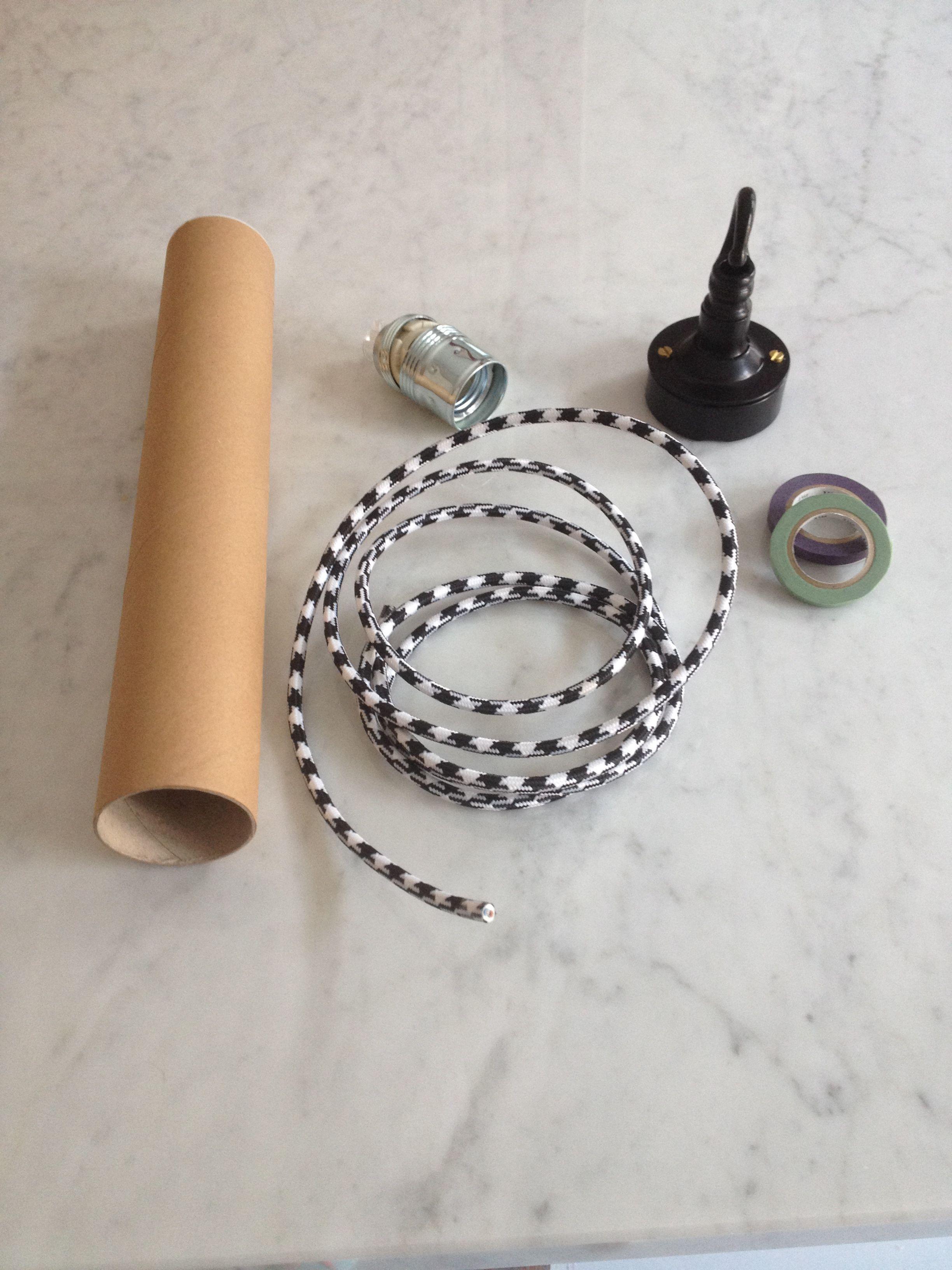 materiale pronto per una lampada a sospensione