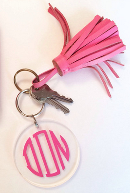 Acrylic monogram keychain http://rstyle.me/n/ekr7gnyg6