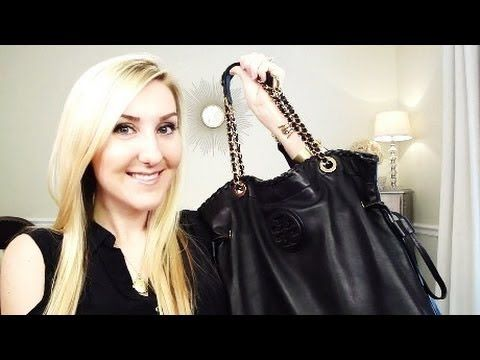 Tiffany Of Makeup By Tiffany D Youtube Makeup Style Blogger What In My Bag My Bags Fashion Makeup