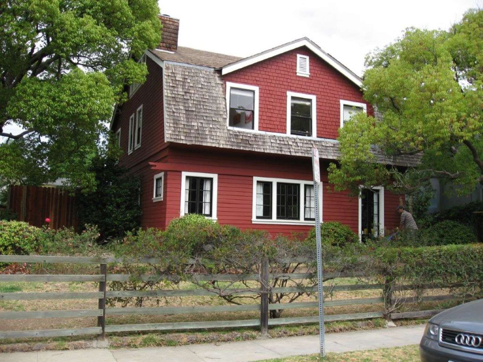 The Red Barn In Venice A One Of A Kind Real Estate Trends