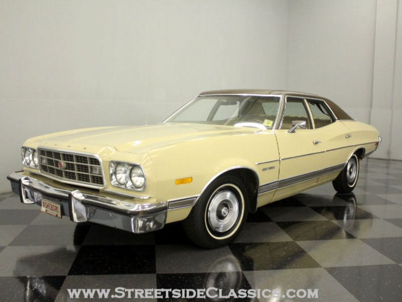 1973 Ford Gran Torino Four Door Sedan Auto Camion Automobile