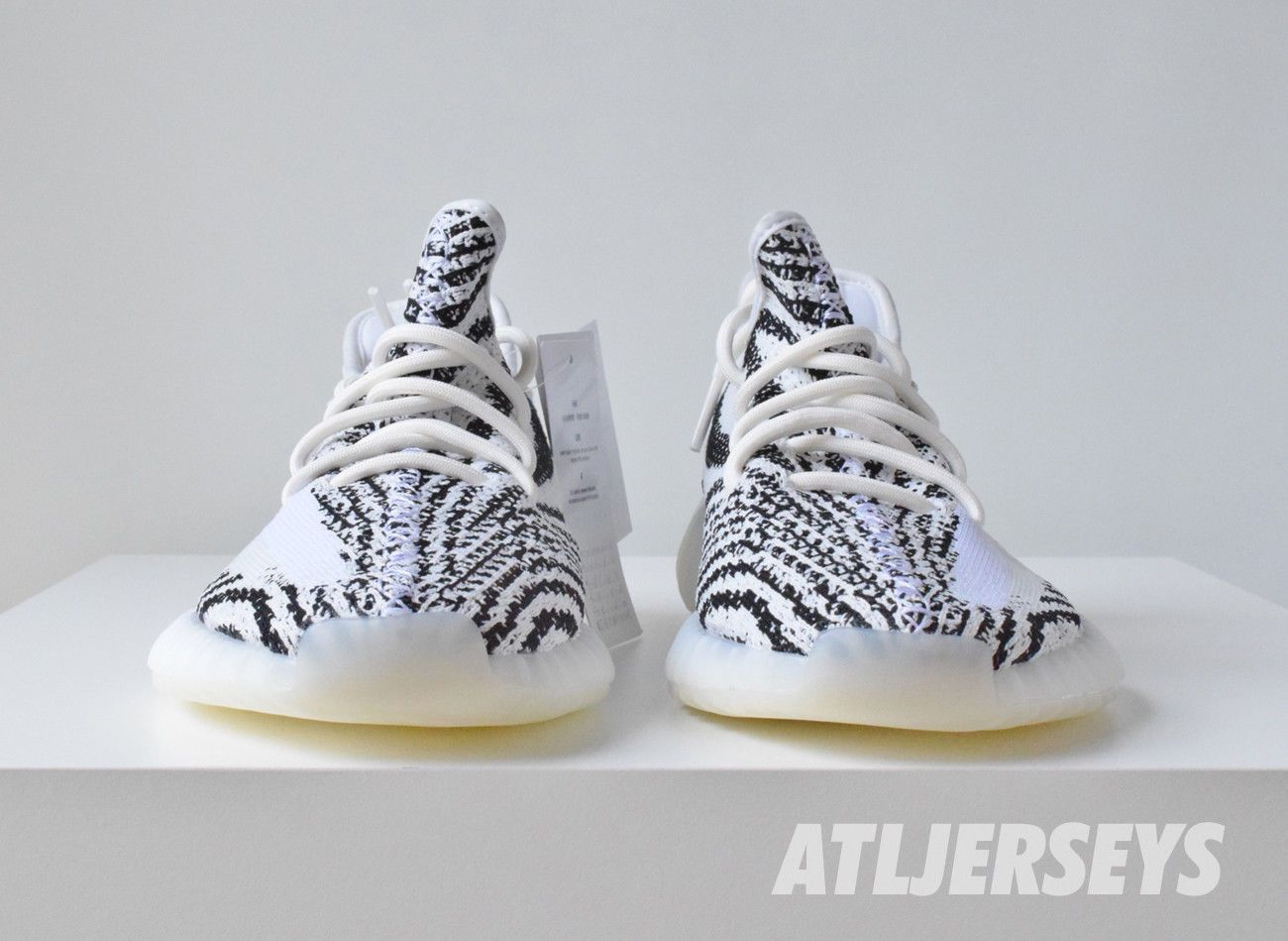 c49c972973593 Adidas Yeezy Boost 350 V2 Zebra Kanye 100% Authentic White Red Size 4-14