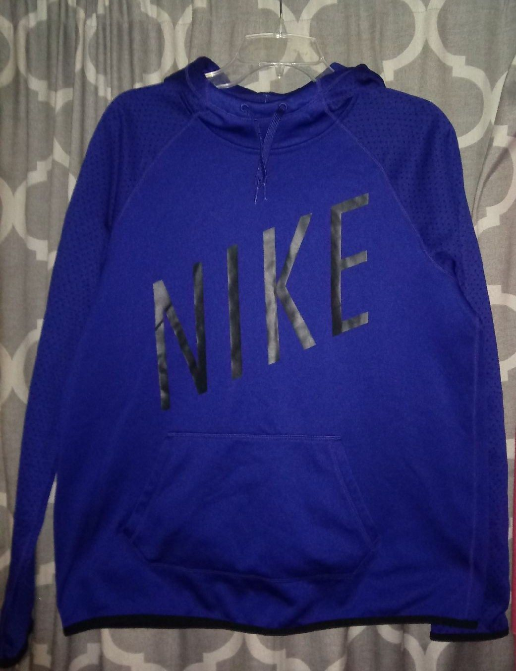 In New Condition No Defects Size Large Ladies Nike Dri Fit Hooded Sweatshirt Free Shipping Purple T Shirts Graphic Sweatshirt Nike Shirts [ 1352 x 1041 Pixel ]
