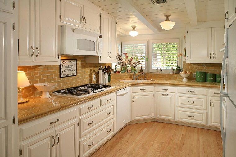 cucine componibili ad angolo-legno-chiaro | Piastrelle ...
