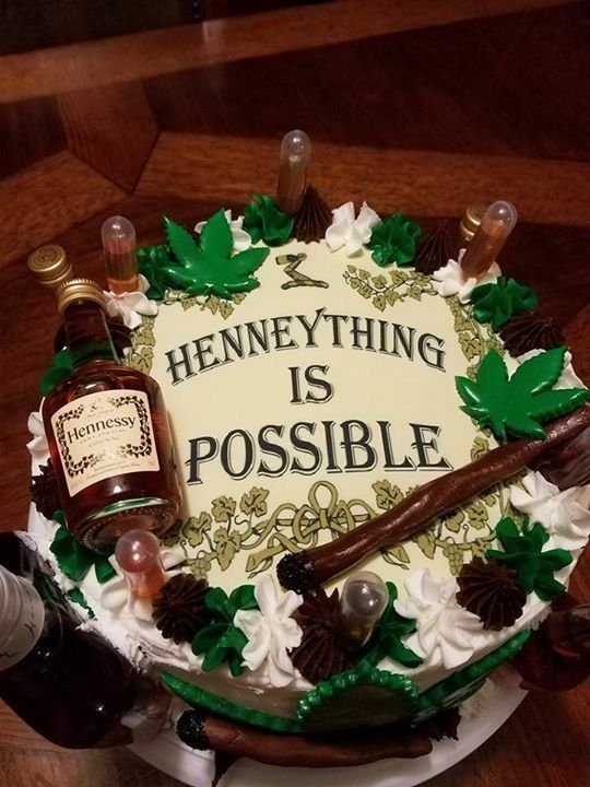 Hennessey Cake F O O D Amp Drinks In 2019 21st Birthday