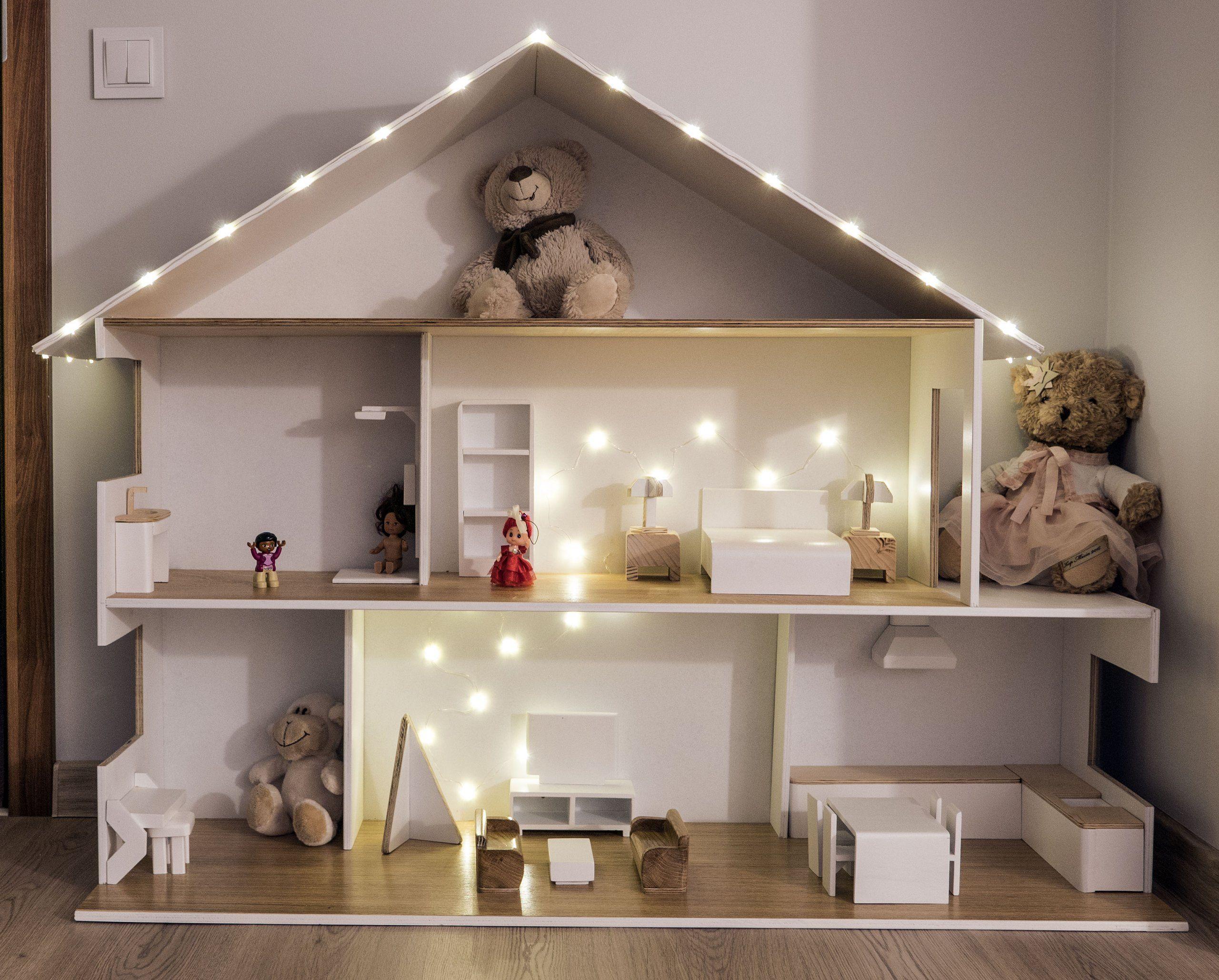 Drewniany Domek Dla Lalek Oświetlenie Mebelki 7088148612 Oficjalne Archiwum Allegro Doll House Plans Barbie Doll House Doll Furniture