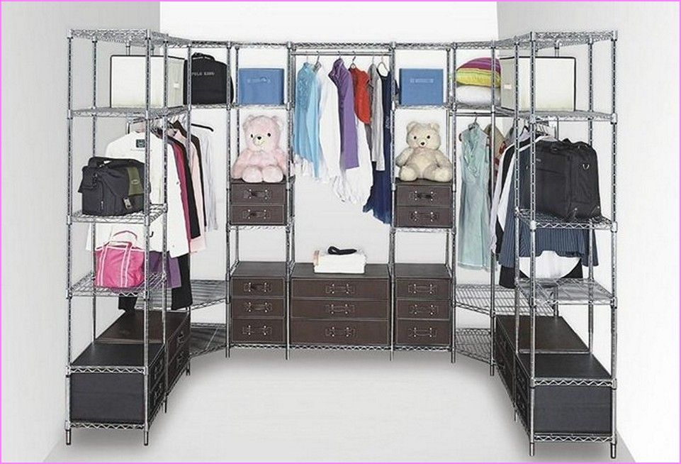 Attrayant Chrome Wire Shelving Closet Storage.