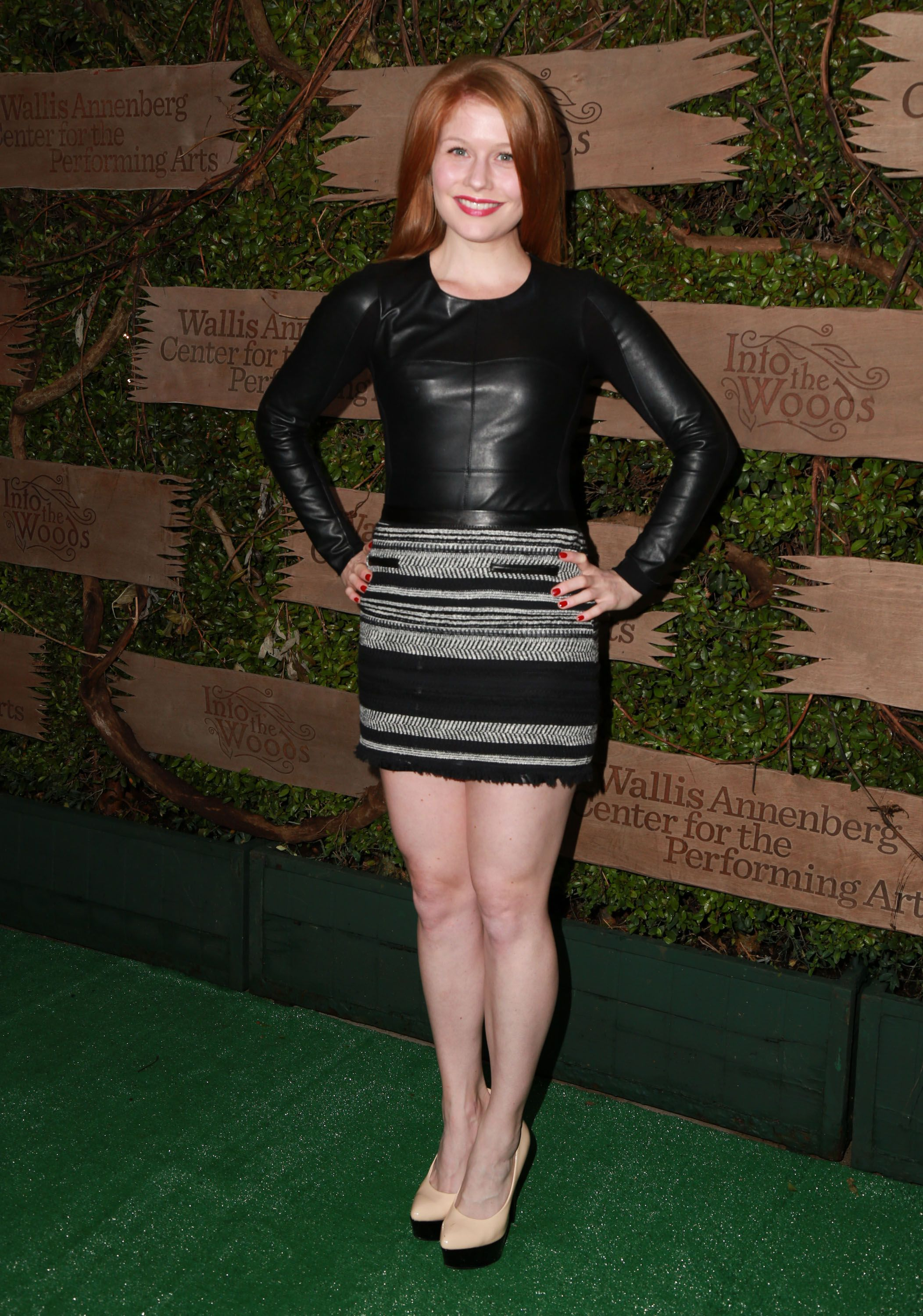 Genevieve Angelson Gals Pinterest Actresses Celebrities And