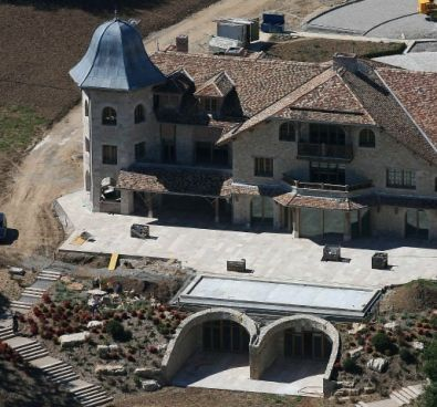 Michael Schumacher S Ancient Residence With View To Lake Geneva Switzerland Celebrity Houses House Exterior House