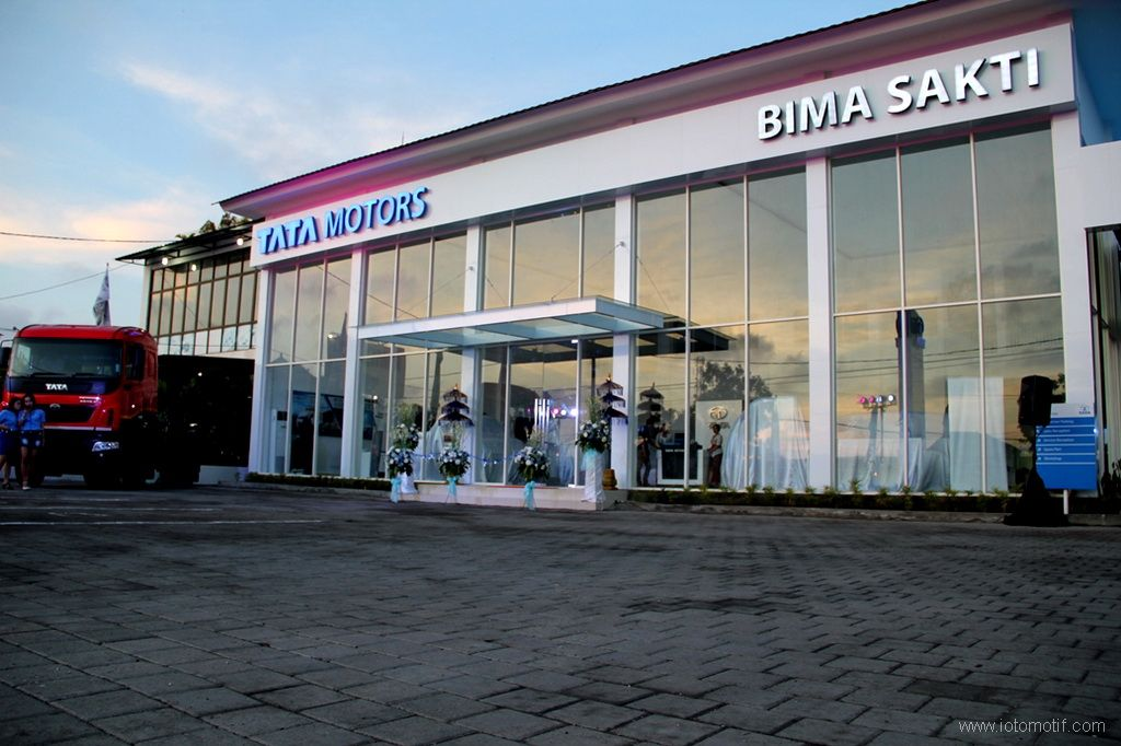 Tata Motors Buka Dealer 3S Baru di Bali http//iotomotif