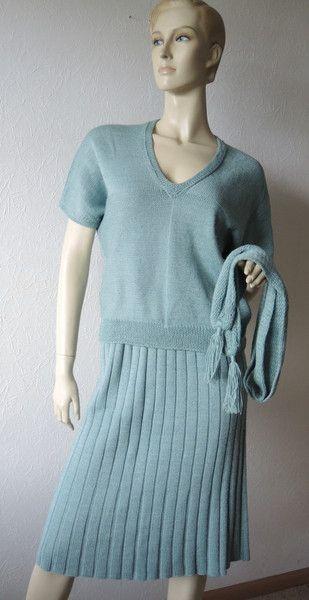 Kleider - Zweiteiliges handgestricktes Kleid mit Schal - ein Designerstück von Na-nett-e bei DaWanda