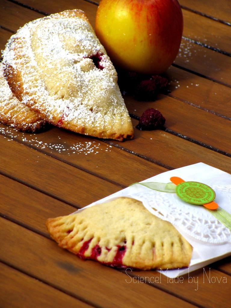 Apfelhimbeer Hand Pies by ScienceMade