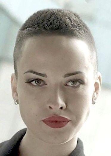 Hairdare Womenshaircuts Hairstyles Beauty Cheveux Tres Courts Cheveux Courts Coupe De Cheveux