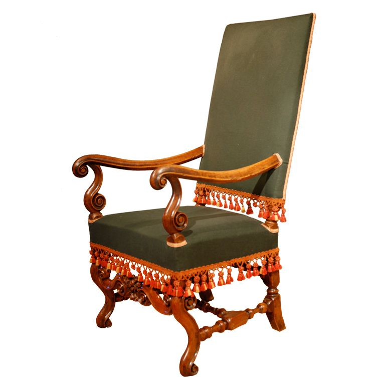 Late 17th Century walnut armchair. | 1stdibs.com