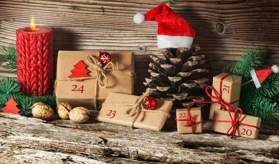 25 giorni a Natale! 🎄  Ma non possiamo ricordarvelo sempre noi di AIA 🙂  Provate con questi calendari dell'avvento fai da-te!   #LeIdeediAIA #AIA #Natale #Dicembre #Calendario #Avvento #ricette #ricettario #ricetta #cook #cooking #eat #occasioni #feste #festività #tips