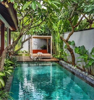 Nice 38 Gorgeous Backyard Designs Ideas With Swimming Pool Http Gurudecor Com 2019 02 23 38 Gorge Backyard Pool Designs Pool Houses Tropical Pool Landscaping