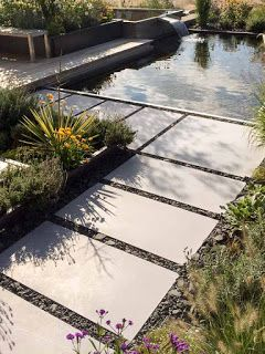 terrassenplatten der fa. godelmann - verlegt in schotter dunkler, Gartenarbeit ideen